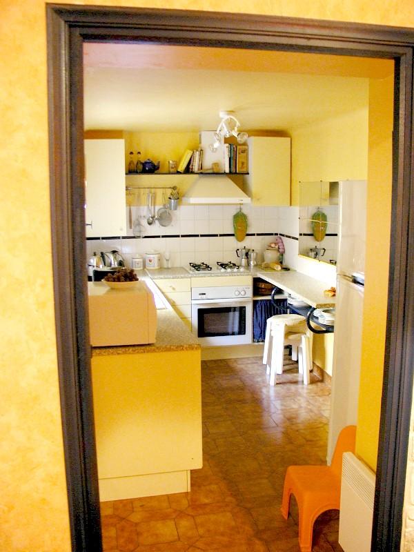 kitchenthruthedoor