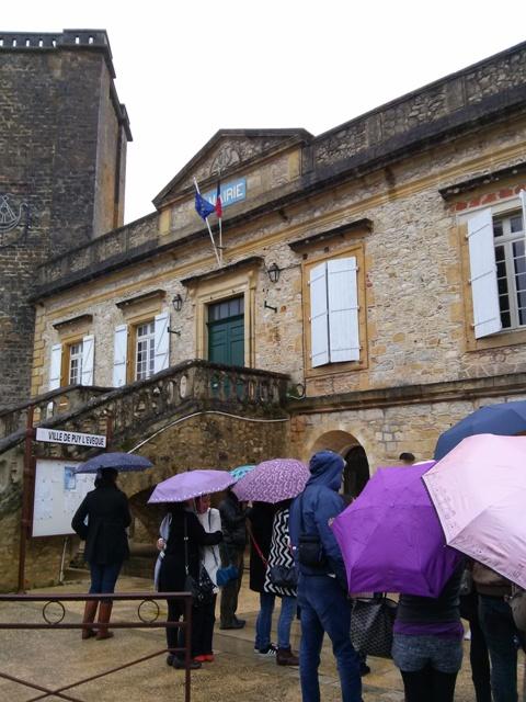 03291501 AM rain or shine Puy l Eveque