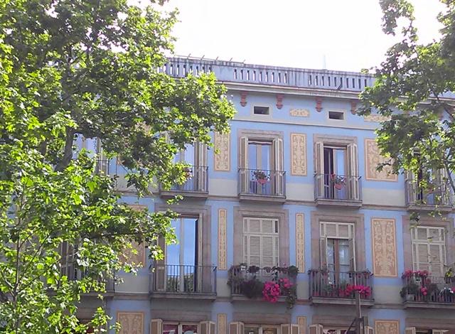 05101502 facades no gaudi this time