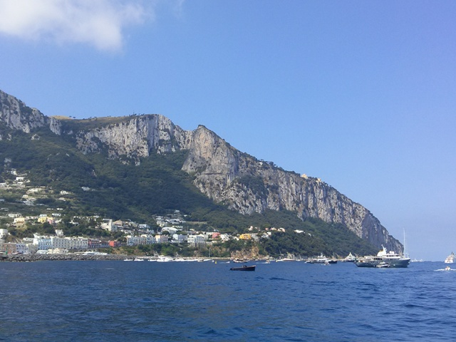 07201501 capri in sight