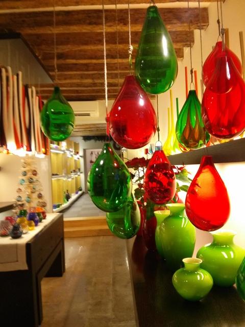 01011602 craft shops
