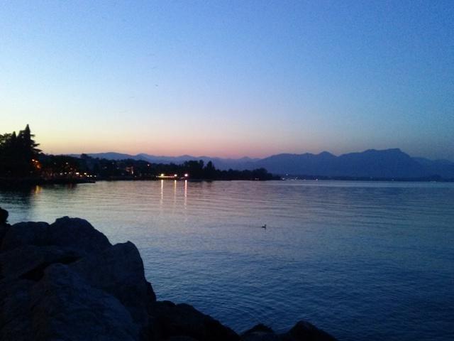 05251603 lake stroll