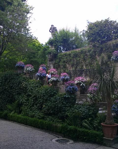 05271601 lush gardens most popular tourist draw in area