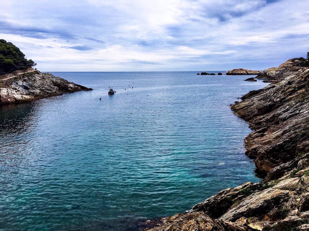 Hidden Coves and Medieval Towns