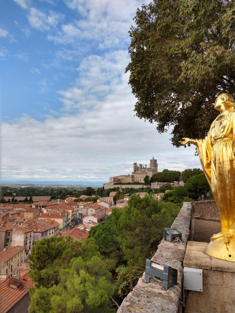 In And Out Beziers villages and vines in the languedoc - music and markets tours
